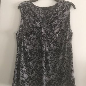 2 for 5! Sleeveless blouse. Size XL